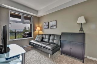 """Photo 17: 105 2238 WHATCOM Road in Abbotsford: Abbotsford East Condo for sale in """"Waterleaf"""" : MLS®# R2610127"""