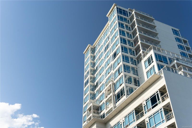 FEATURED LISTING: 403 - 38 Front St Nanaimo