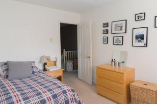 "Photo 14: 16377 MIDDLEGLEN Close in Surrey: Fraser Heights House for sale in ""FRASER GLEN"" (North Surrey)  : MLS®# R2383298"
