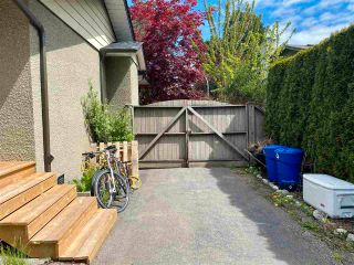 Photo 34: 1965 LILAC Drive in Surrey: King George Corridor House for sale (South Surrey White Rock)  : MLS®# R2576107