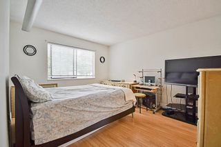 """Photo 7: 15069 98 Avenue in Surrey: Guildford House for sale in """"GUILDFORD / BONNACCORD"""" (North Surrey)  : MLS®# R2190173"""