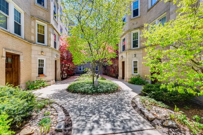 Main Photo: 1455 W Elmdale Avenue Unit 3 in Chicago: CHI - Edgewater Residential for sale ()  : MLS®# 11091918