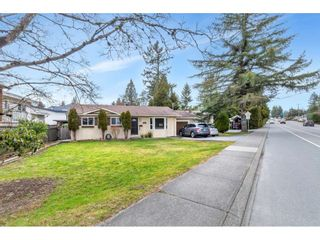 Photo 2: 2851 OLD CLAYBURN Road in Abbotsford: Central Abbotsford House for sale : MLS®# R2543347