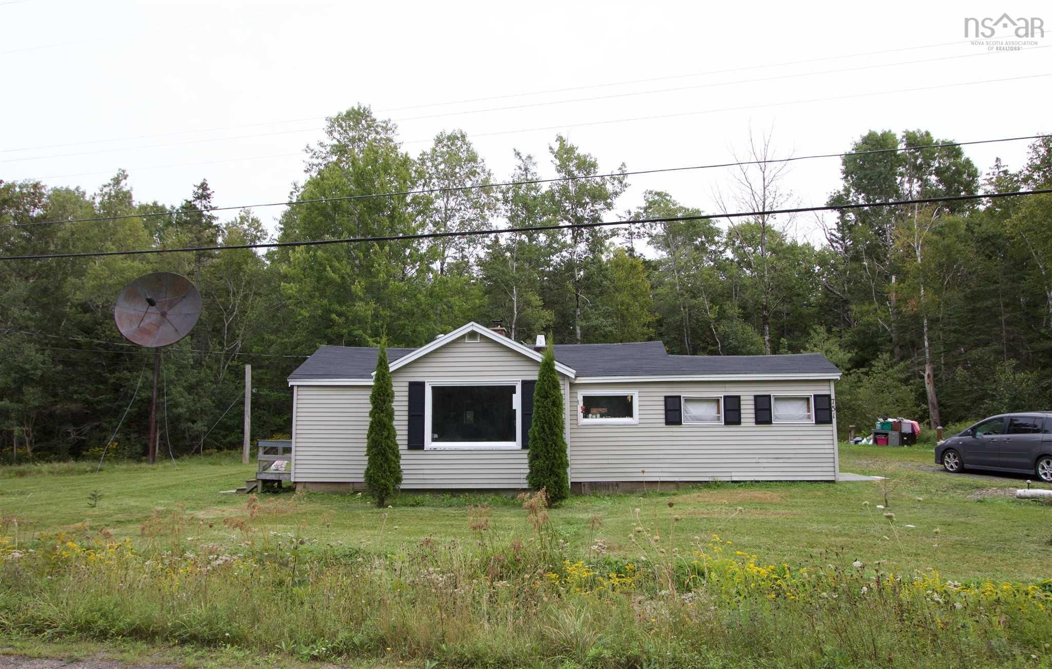 Main Photo: 751 PURDY Road in Waldeck West: 400-Annapolis County Residential for sale (Annapolis Valley)  : MLS®# 202122559