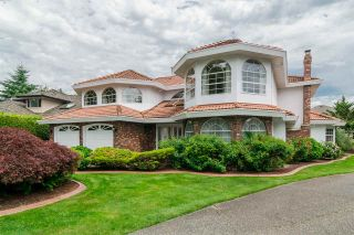 Photo 2: 10446 WILLOW Grove in Surrey: Fraser Heights House for sale (North Surrey)  : MLS®# R2187119