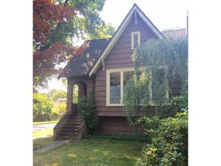 Photo 2: 2704 W 14TH Avenue in Vancouver: Kitsilano House for sale (Vancouver West)  : MLS®# V1139321