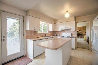"""Photo 7: 5408 MONARCH Street in Burnaby: Deer Lake Place House for sale in """"DEER LAKE PLACE"""" (Burnaby South)  : MLS®# R2171012"""