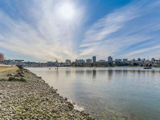 Photo 19: Vancouver West in Yaletown: Condo for sale : MLS®# R2079482