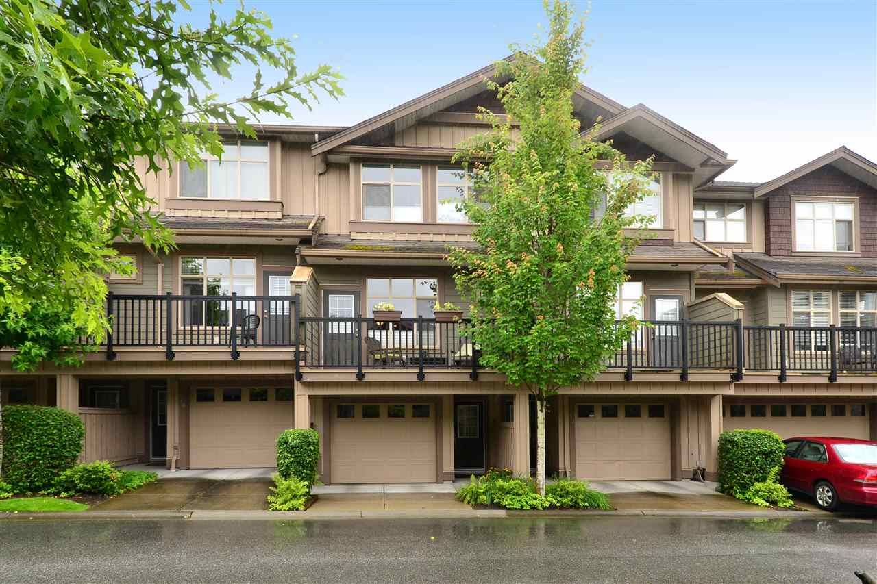 Main Photo: 11 21661 88 Avenue in Langley: Walnut Grove Townhouse for sale : MLS®# R2088215