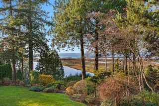 "Photo 32: 13375 CRESCENT Road in Surrey: Elgin Chantrell House for sale in ""WATERFRONT CRESCENT ROAD"" (South Surrey White Rock)  : MLS®# R2531349"