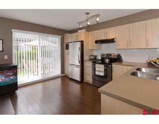 "Photo 4: 18 20875 80TH Avenue in Langley: Willoughby Heights Townhouse for sale in ""PEPPERWOOD"" : MLS®# F2920598"