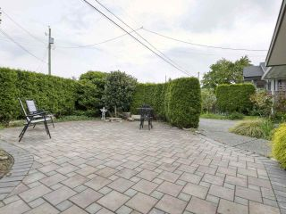 """Photo 22: 233 67 Street in Tsawwassen: Boundary Beach House for sale in """"Bounday Bay"""" : MLS®# R2455324"""