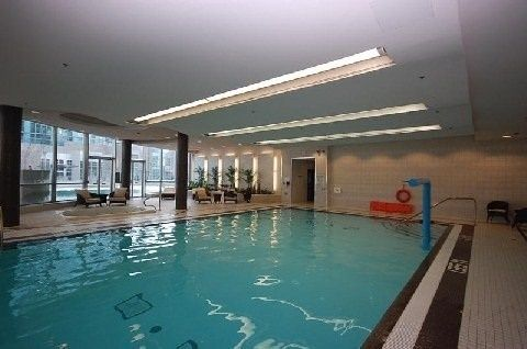 Photo 7: Photos: 1406 50 Absolute Avenue in Mississauga: City Centre Condo for lease : MLS®# W3338617