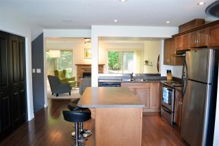 """Photo 3: 21 46840 RUSSELL Road in Sardis: Promontory Townhouse for sale in """"Timber Ridge"""" : MLS®# R2183776"""