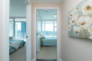 """Photo 14: 2408 4485 SKYLINE Drive in Burnaby: Brentwood Park Condo for sale in """"SOLO DISTRICT - ALTUS"""" (Burnaby North)  : MLS®# R2373957"""