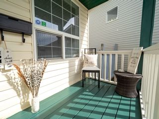 Photo 3: 705 89 Street SW in Edmonton: Zone 53 House for sale : MLS®# E4261071