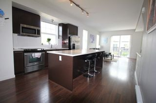 """Photo 5: 1 7238 189TH Street in Surrey: Clayton Townhouse for sale in """"Tate"""" (Cloverdale)  : MLS®# R2299142"""