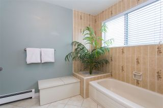 Photo 14: 6511 WHITEOAK Drive in Richmond: Woodwards House for sale : MLS®# R2354133