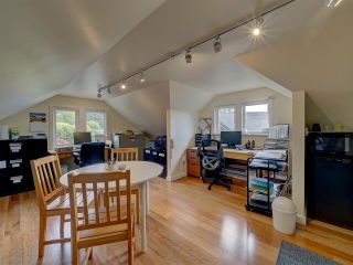 Photo 32: 481 CENTRAL Avenue in Gibsons: Gibsons & Area House for sale (Sunshine Coast)  : MLS®# R2491931