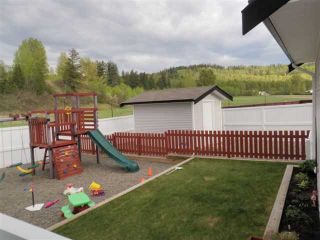 """Photo 4: 1385 NAGRA Avenue in Quesnel: Quesnel - Town House for sale in """"CARSON"""" (Quesnel (Zone 28))  : MLS®# N206263"""