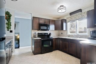 Photo 9: 11 Minot Drive in Regina: Normanview West Residential for sale : MLS®# SK841641