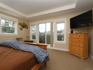Photo 9: 15 Haagensen Crt in View Royal: VR Six Mile House for sale : MLS®# 839376