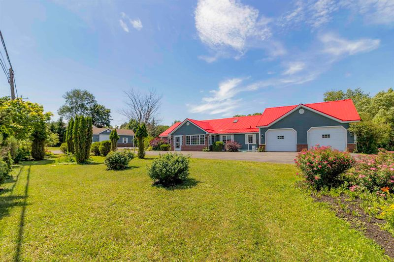 FEATURED LISTING: 5019 Highway 4 Alma