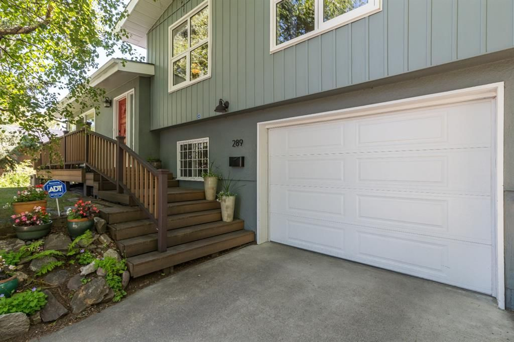 Main Photo: 289 WILDWOOD Drive SW in Calgary: Wildwood Detached for sale : MLS®# A1019116