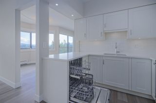 """Photo 8: 921 31955 OLD YALE Road in Abbotsford: Abbotsford West Condo for sale in """"Evergreen Village"""" : MLS®# R2449088"""