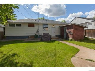 Photo 35: 2325 Dufferin Avenue in Saskatoon: Queen Elizabeth Residential for sale : MLS®# SK611582