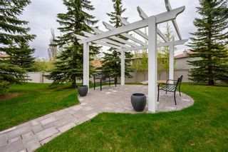 Photo 32: 360 Signature Court SW in Calgary: Signal Hill Semi Detached for sale : MLS®# A1112675