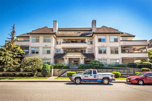 "Main Photo: 303 1618 GRANT Avenue in Port Coquitlam: Glenwood PQ Condo for sale in ""WEDGEWOOD MANOR"" : MLS®# R2110727"