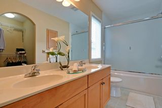 Photo 15: 8 Cougarstone Cove SW in Calgary: House for sale : MLS®# C3622619