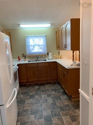 Photo 4: 35 Third Street in Howie Centre: 207-C. B. County Residential for sale (Cape Breton)  : MLS®# 202125675