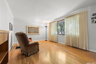 Photo 2: 3315 PARLIAMENT Avenue in Regina: Parliament Place Residential for sale : MLS®# SK858530