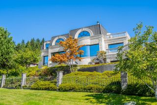 Photo 4: 1471 BRAMWELL Road in West Vancouver: Chartwell House for sale : MLS®# R2616451
