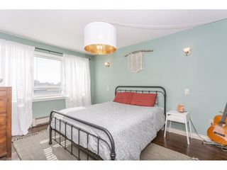 """Photo 13: 307 1830 E SOUTHMERE Crescent in Surrey: Sunnyside Park Surrey Condo for sale in """"Southmere Mews"""" (South Surrey White Rock)  : MLS®# R2466691"""