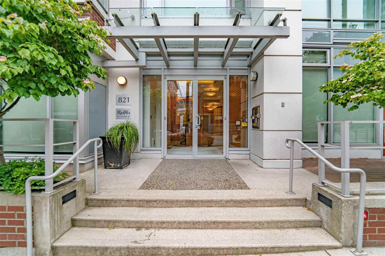 """Main Photo: 1106 821 CAMBIE Street in Vancouver: Downtown VW Condo for sale in """"RAFFLES ON ROBSON"""" (Vancouver West)  : MLS®# R2587402"""