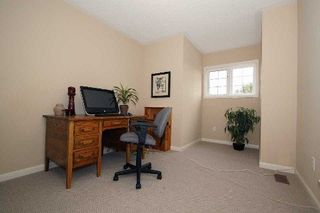 Photo 4: Carveth Cres in Clarington: Newcastle House (2-Storey) for sale