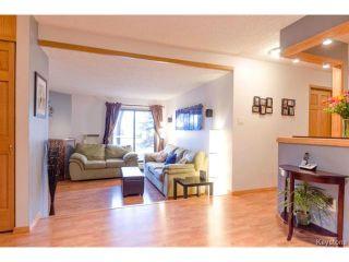 Photo 4: 1044 Bairdmore Boulevard in WINNIPEG: Fort Garry / Whyte Ridge / St Norbert Condominium for sale (South Winnipeg)  : MLS®# 1408638