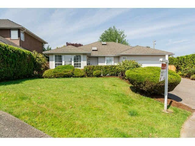 Main Photo: 4841 208A Street in Langley: Langley City House for sale : MLS®# F1448585