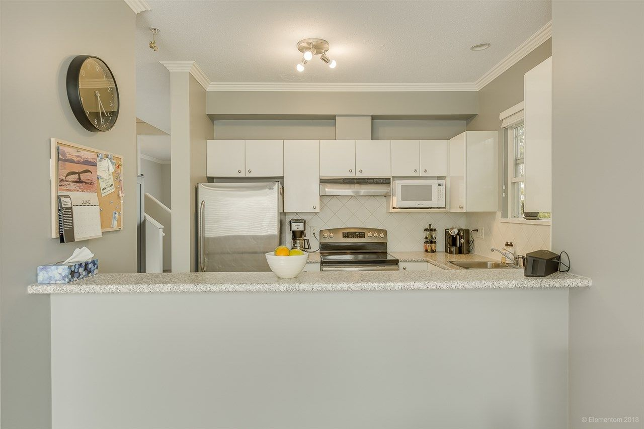 """Photo 12: Photos: 50 1010 EWEN Avenue in New Westminster: Queensborough Townhouse for sale in """"Windsor Mews"""" : MLS®# R2468809"""