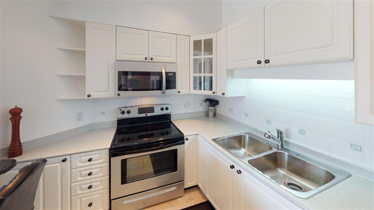 "Main Photo: 302 8080 JONES Road in Richmond: Brighouse South Condo for sale in ""VICTORIA PARK"" : MLS®# R2446492"
