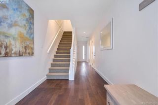 Photo 10: 6 1032 Cloverdale Ave in VICTORIA: SE Quadra Row/Townhouse for sale (Saanich East)  : MLS®# 805057