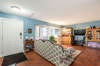 Photo 3: 33255 HAWTHORNE Avenue: House for sale in Mission: MLS®# R2535311