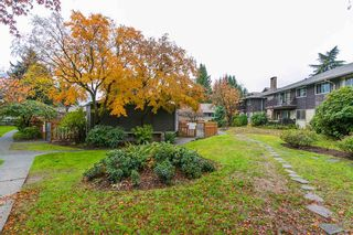 """Photo 16: 208 555 W 28TH Street in North Vancouver: Upper Lonsdale Townhouse for sale in """"CEDAR BROOKE VILLAGE"""" : MLS®# R2129718"""