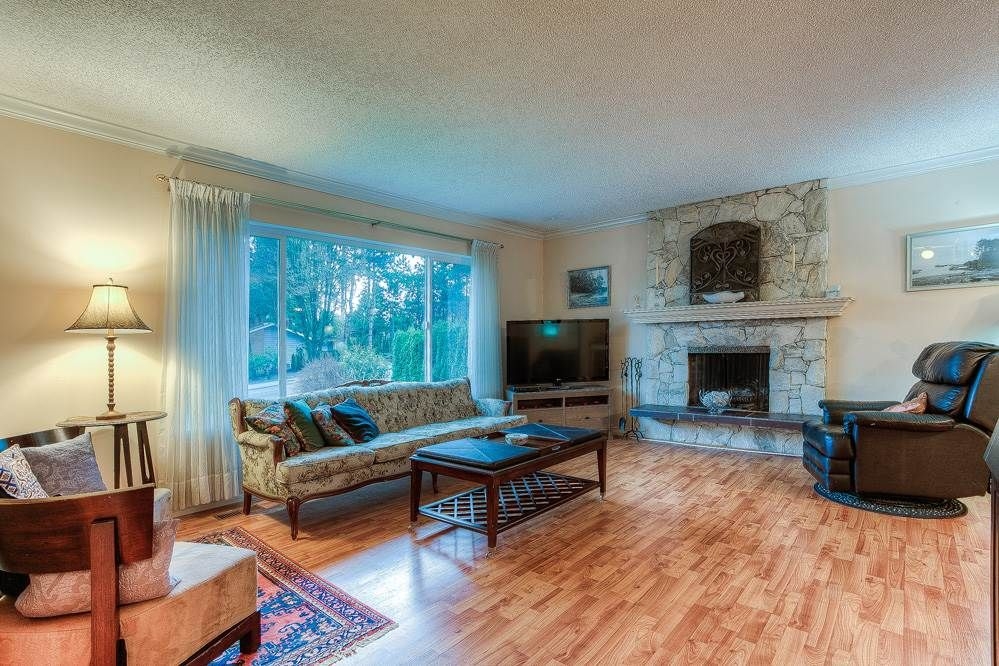 Photo 10: Photos: 3122 MARINER WAY in Coquitlam: Ranch Park House for sale : MLS®# R2037246