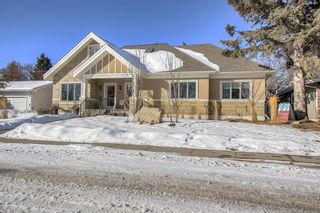 Photo 2: 6407 20 Street SW in Calgary: North Glenmore Park Detached for sale : MLS®# A1072190