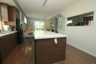 """Photo 4: 38 2495 DAVIES Avenue in Port Coquitlam: Central Pt Coquitlam Townhouse for sale in """"ARBOUR"""" : MLS®# R2068269"""