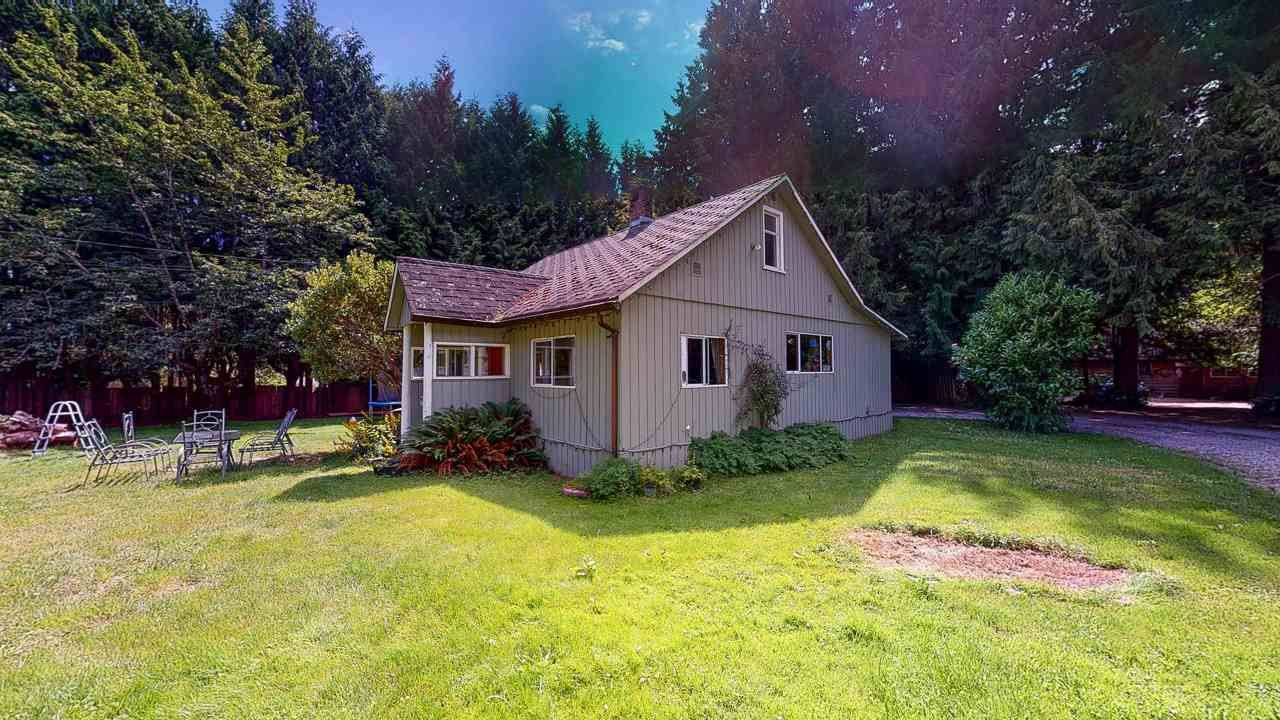 Main Photo: 1225 - 1227 ROBERTS CREEK Road: Roberts Creek House for sale (Sunshine Coast)  : MLS®# R2476356